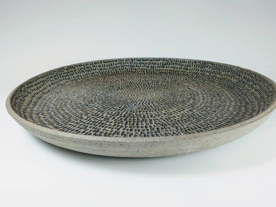 Gray curved platter D 45cm