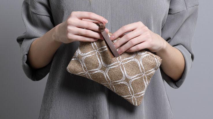 Women's Wristlet Small Pouch Eco friendly Printed Burlap Zippered Purse Minimalist Geometric Pattern