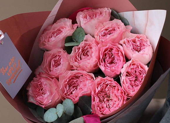 Пионовидные розы Майра Пинк