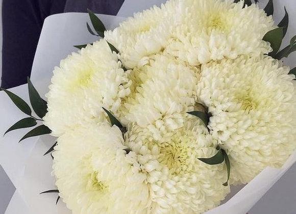 Букет из хризантем (крупные шары)