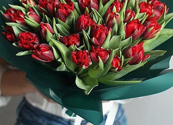 Букет из 45 махровых тюльпанов (более 10 расцветок на выбор)