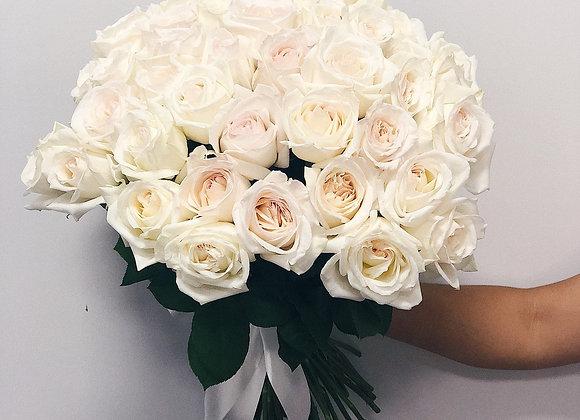 Пионовидные розы Вайт О'Хара от 9 шт