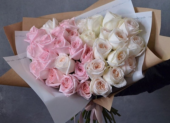 Букет из пионовидных роз Вайт О'Хара и Пинк О'Хара