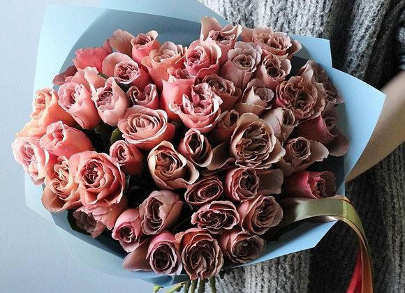 Пионовидные розы Кафе Латте