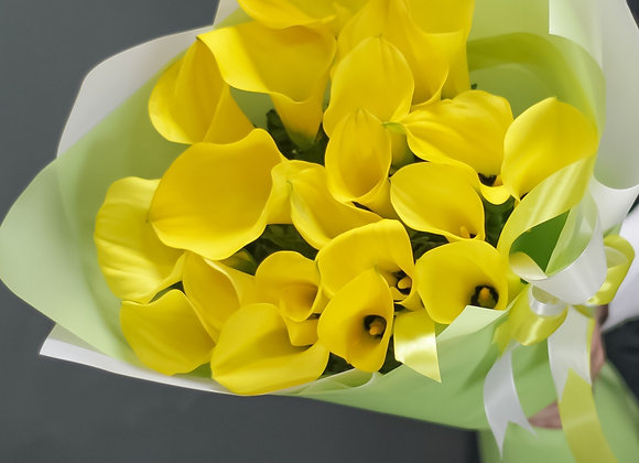 Букет из желтых калл