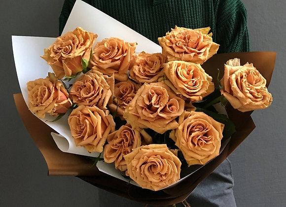 Пионовидные розы Тоффи