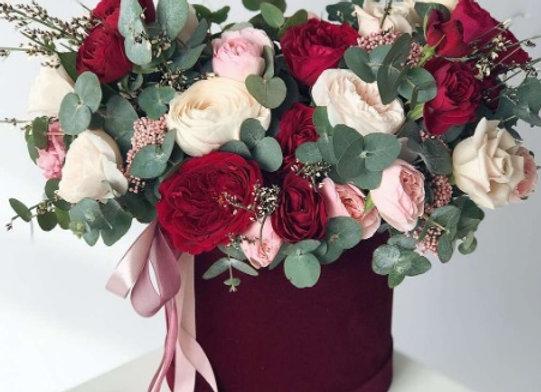 Шляпная коробка в розово-винной гамме