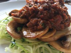 raw courgette & mushroom bolognaise