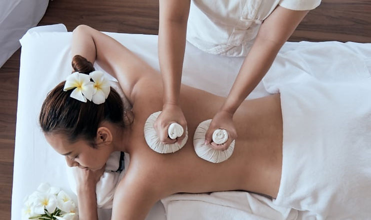 thai-herbal-ball-massage-Marina-Dubai.jp