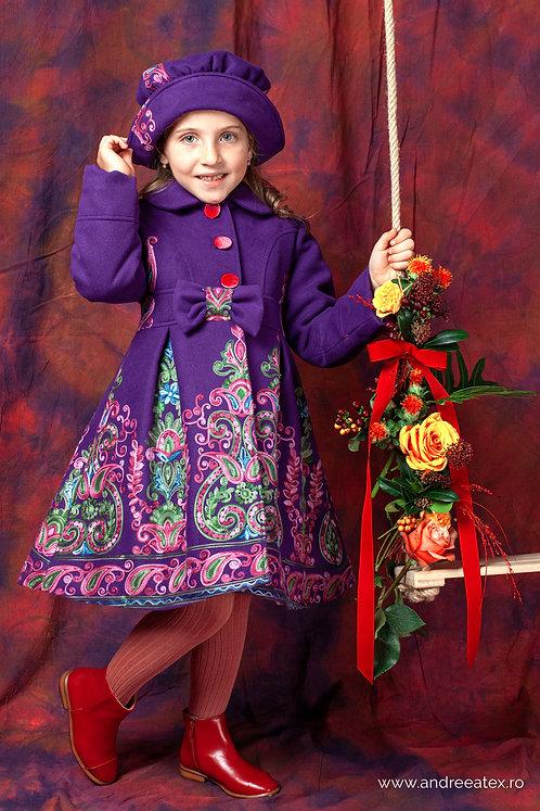 Paltonaș Andreea (4-9 ani) -broderie mov