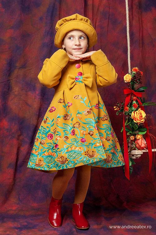 Paltonaș Andreea (4-9 ani) -broderie galben muștar