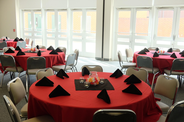 West 1 - 2 banquet