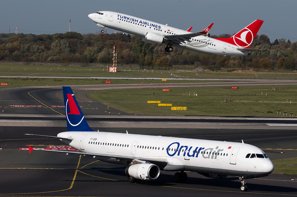 Turkish 737 and Onur Air A321
