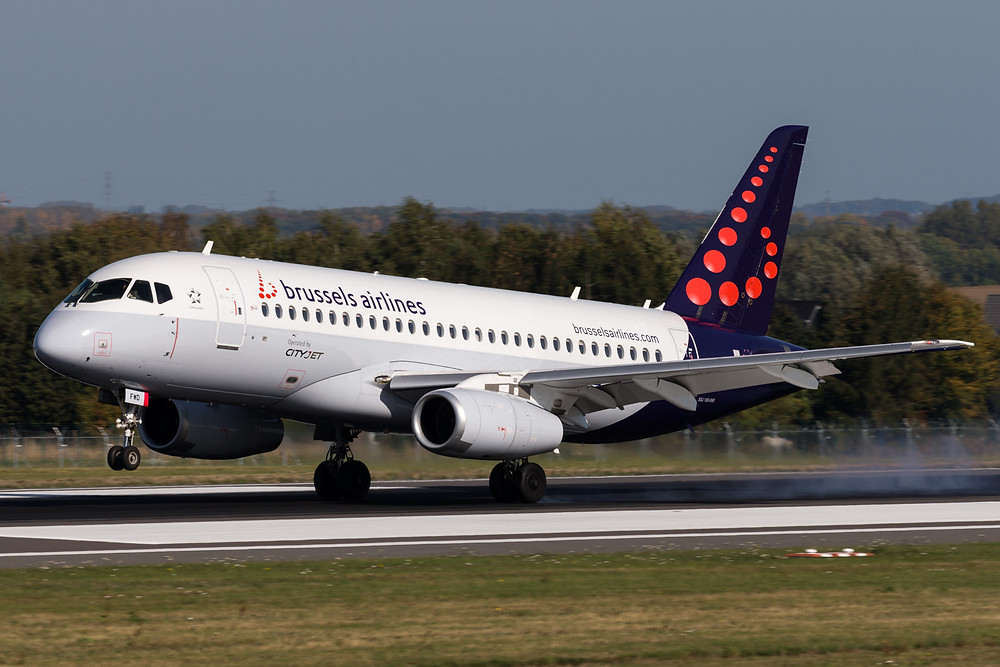 brussels airlines SSJ100
