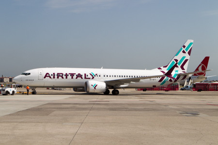 air italy boeing 737max8