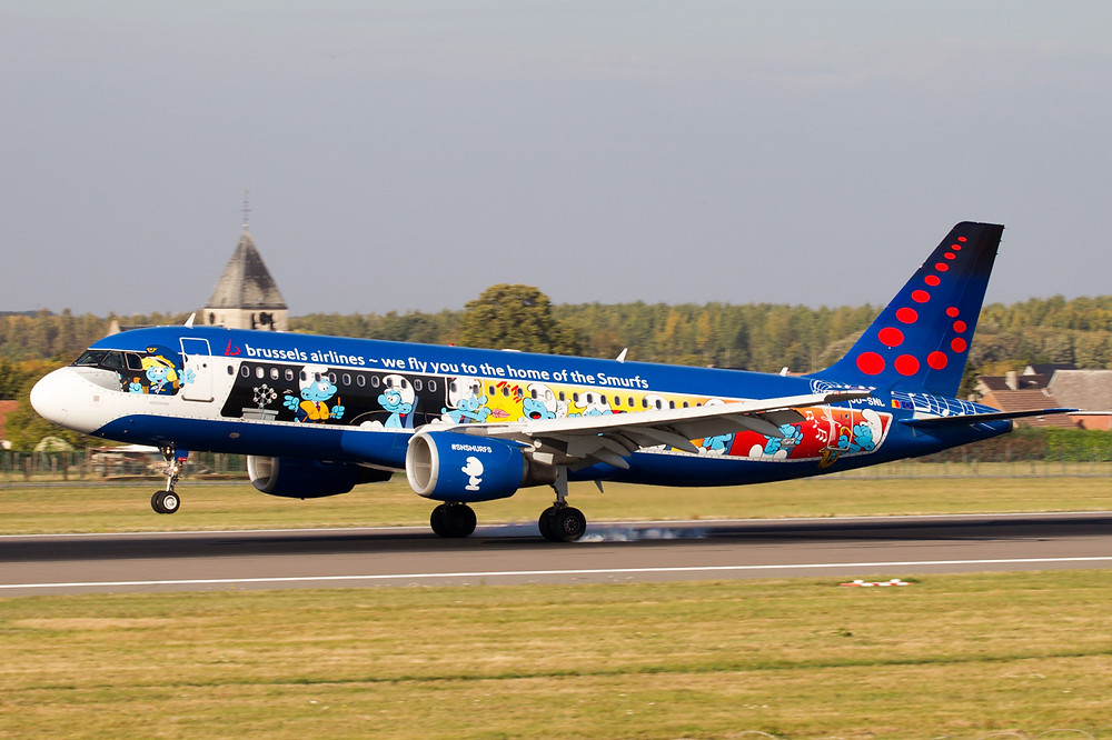 Brussels airlines Smurfs A320