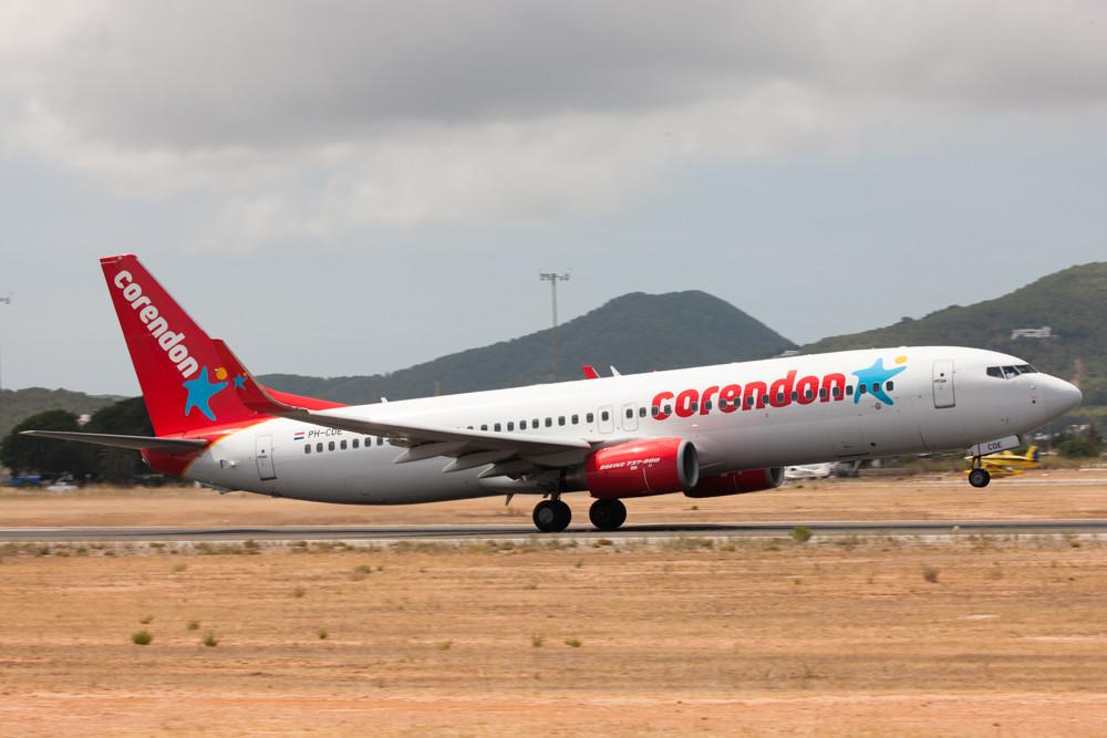 corendon 737-800