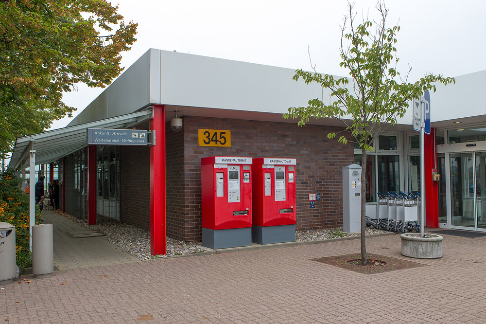 Air Hamburg terminal