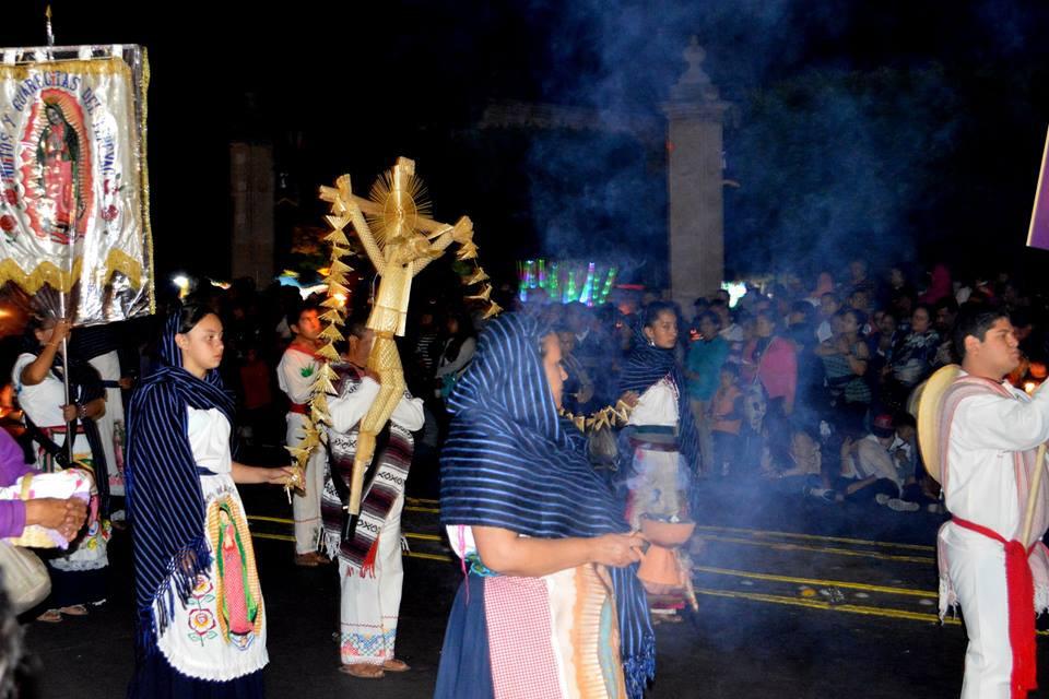 Casona Rosa Procession del Silencio More