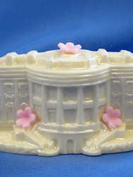 Sweets 09 Solid Chocolate White House