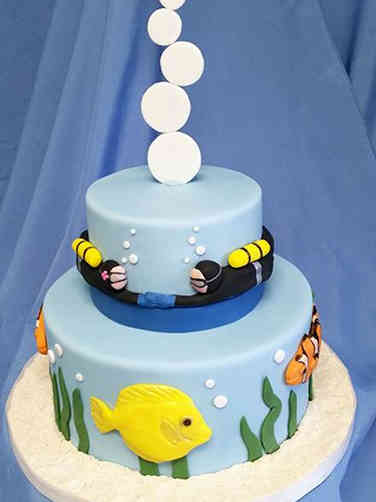 Unique 28 Scuba Divers' Wedding Cake