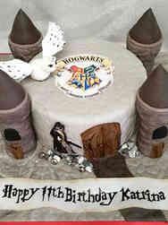 Movies 01 Hogwarts Harry Potter Birthday Cake
