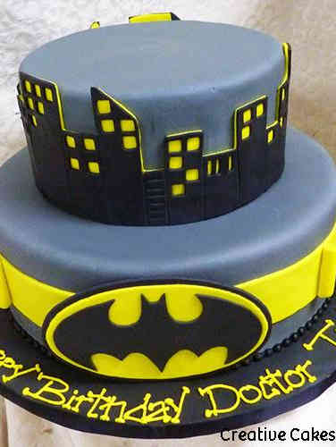 Pop 02 Batman Belt and Cityscape Birthday Cake