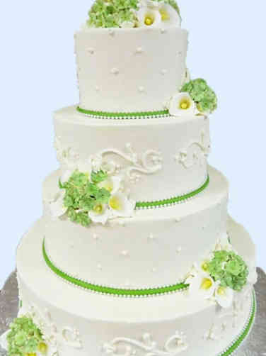 Elegant 03 Green and White Piped Wedding Cake