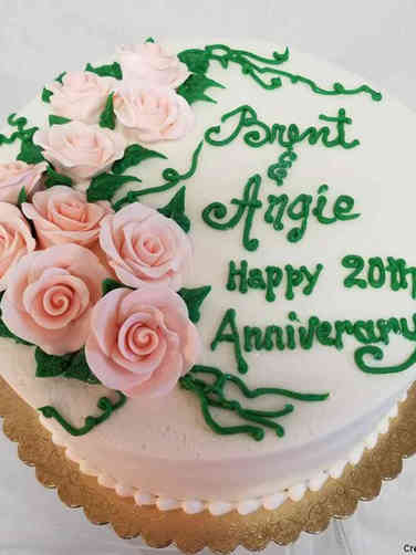 Floral 12 Classic Pink Roses Anniversary Celebration Cake