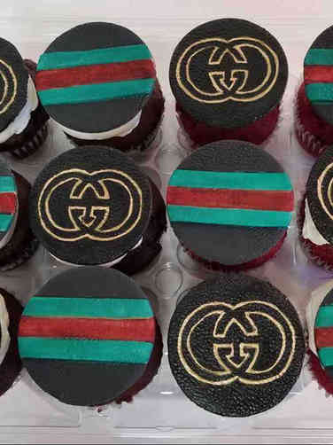 Adult 30 Gucci Cupcakes