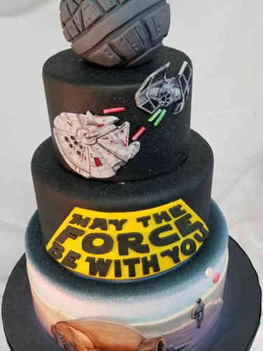 Pop 14 Star Wars Birthday Cake