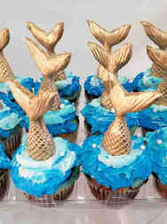 Kids 38 Gold Mermaid Tails Cupcakes