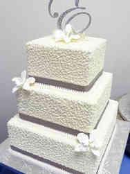 Elegant 10 Cornelli Lace Wedding Cake