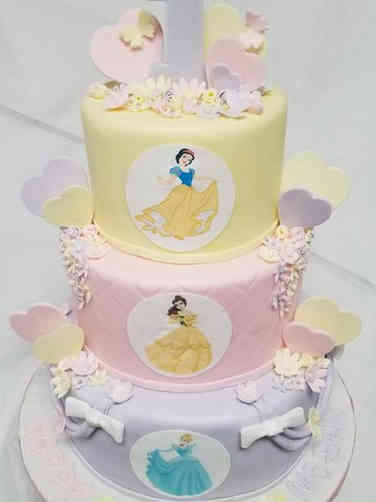 Girls 08 Disney Princesses First Birthday Cake