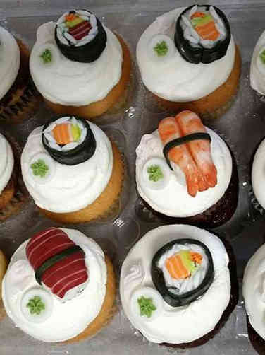 Adult 01 Sushi Birthday Cupcakes