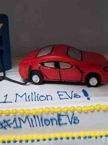 Corporate 26 Electric Vehicle Corporate Celebration Cake
