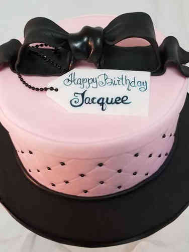 Feminine 17 Pink Gift Box with Black Bow Birthday Cake