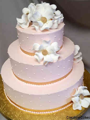 Floral 06 Blush and Gold Magnolias Wedding Cake