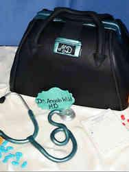 Grad School 07 Doctor's Bag Medical School Graduation Cake