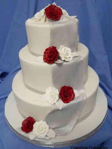 Floral 32 Silver Drape Wedding Cake