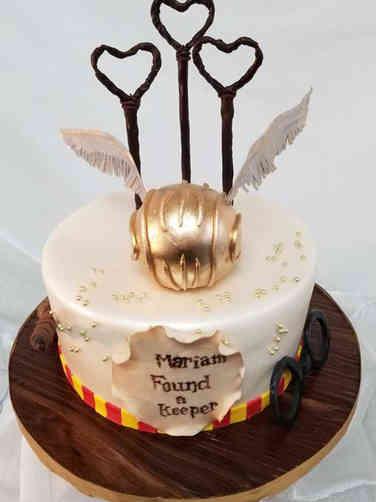 Unique 06 Harry Potter Themed Wedding Shower Cake