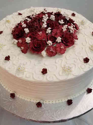 Simple 14 Swirls and Roses Wedding Cake