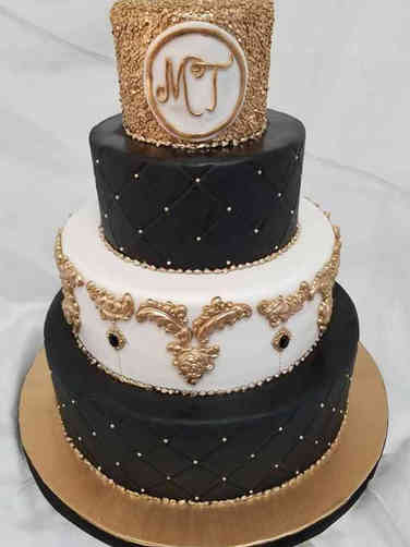 Trendy 01 Modern Monogram Wedding Cake