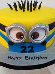 Pop 15 Minion Birthday Cake