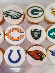 Kids 30 Football Team Logo Cupcakes