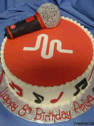 Sports 37 Musical.ly App Microphone Birthday Cake