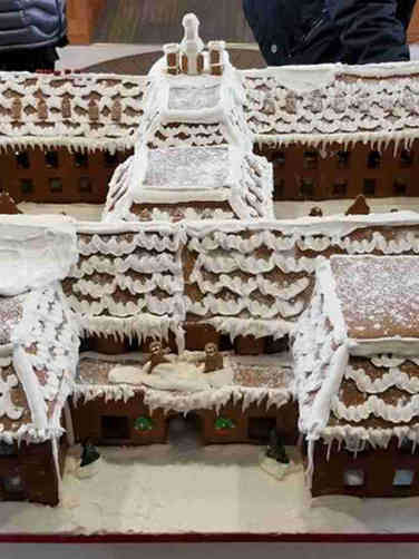 Winter 02 Building Replica Gingerbread House