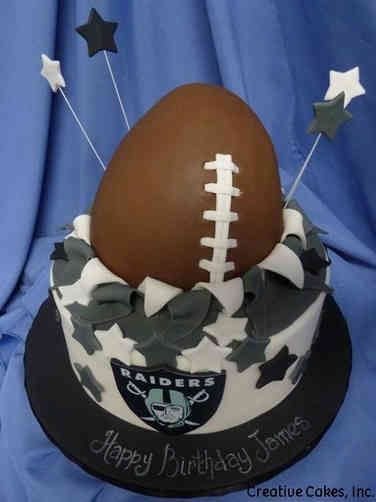 Sports 33 Oakland Raiders Birthday Cake