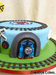 TV 16 Thomas the Tank Engine Birthday Cake