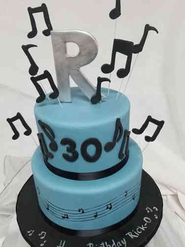 Hobbies 16 Monogrammed Music Wedding Cake